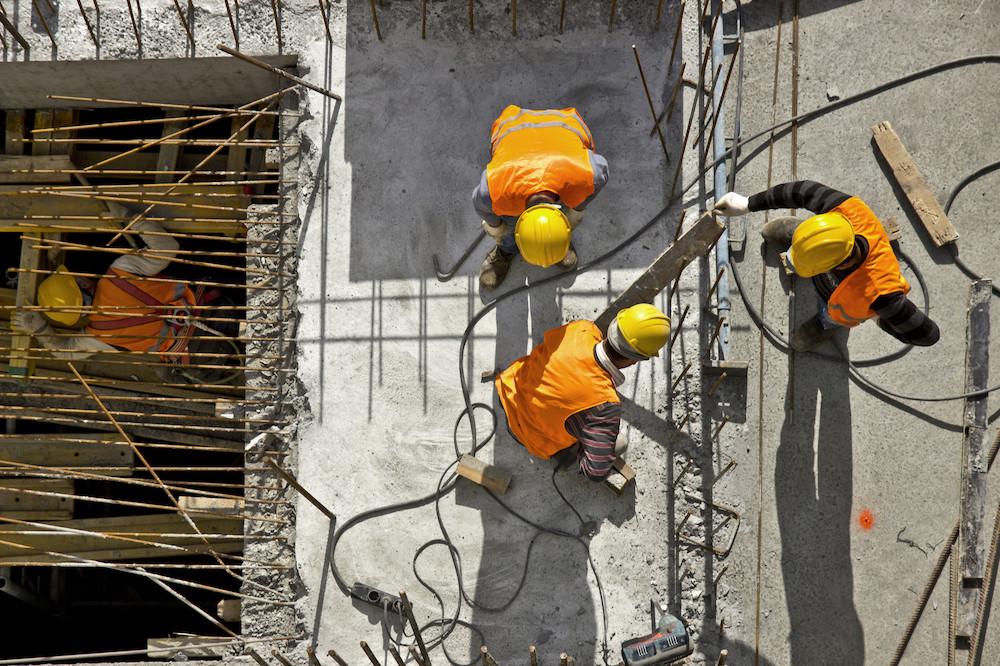 Les personnes travaillant sans autorisation légale, essentiellement dans la restauration et la construction, sont particulièrement vulnérables face aux conséquences économiques des mesures prises pour endiguer l'épidémie de coronavirus. (Photo: Shutterstock)