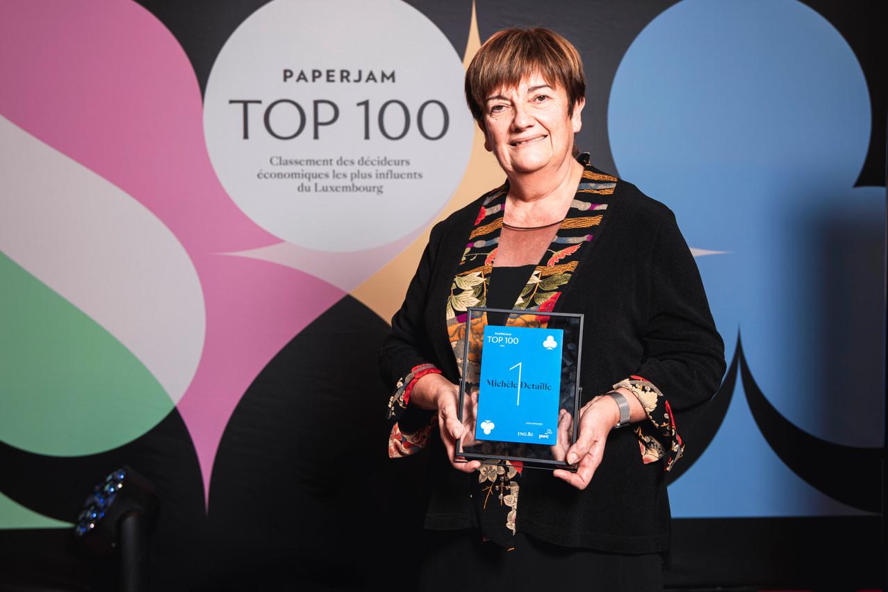 Michèle Detaille succède à Norbert Becker au sommet du classement du Paperjam Top 100. Elle est la première femme à figurer en tête du palmarès des décideurs les plus influents du Luxembourg. (Photo: Julian Pierrot/Maison Moderne Publishing SA)