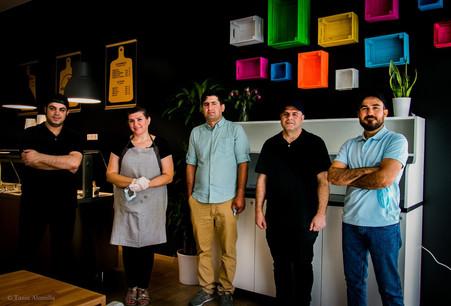 Les responsables du restaurant Rice House, ouvert dans le quartier de la gare au printemps, ont reçu l'appui financier de Microlux. (Photo: Microlux)
