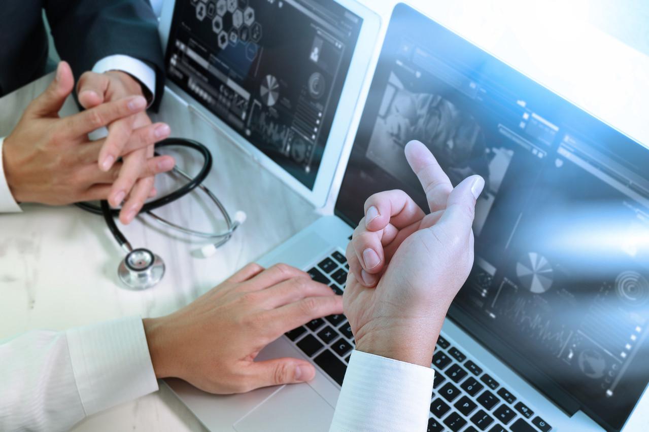 La CNIL exige de veiller à ce qu'aucune donnée de santé ne puisse être transférée du Health Data Hub vers les États-Unis. D'autres acteurs, européens, devraient se substituer à Microsoft. (Photo: Shutterstock)