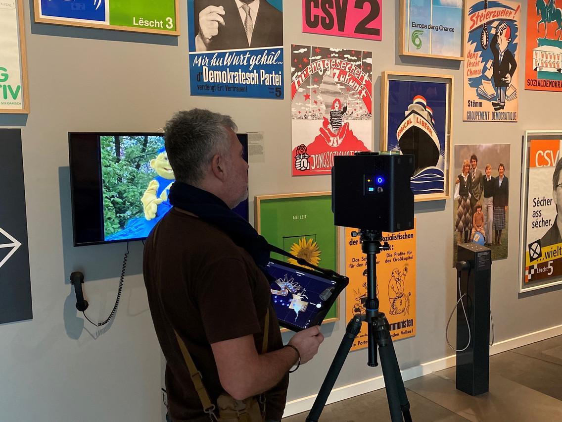 Pendant la prise de vue en 3D dans les salles du MNHA. (Photo: MNHA)