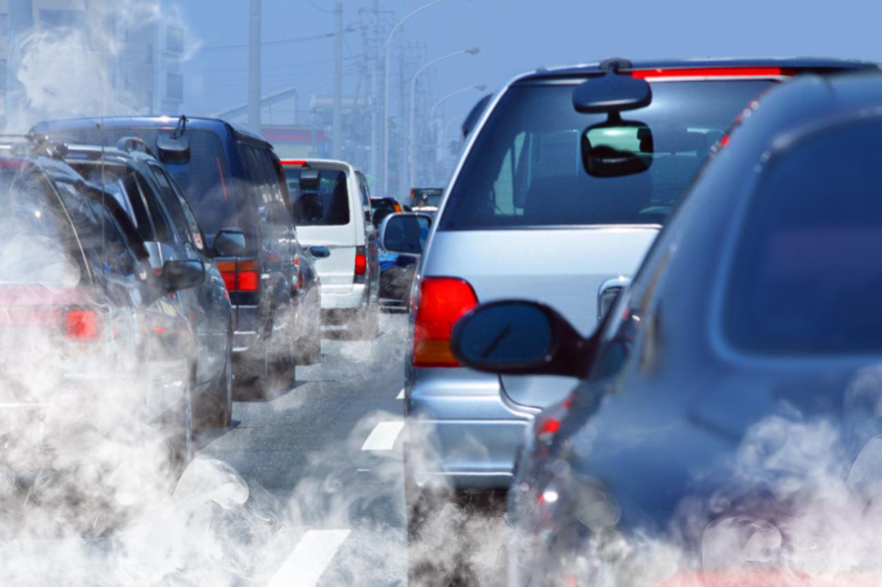 Les retards sont le facteur qui pèse le plus dans les coûts externes de la mobilité, bien plus que la pollution. (Photo: Shutterstock)