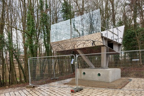 Un prototype de la passerelle a été installé dans le parc à proximité du bastion. (Photo: Romain Girtgen)