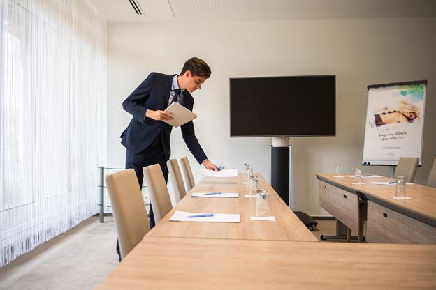 AuDomaine thermal de Mondorf, un étudiant en job d'été doit maîtriser au moins deux langues pour être affecté à la réception. (Photo: Domaine Thermal de Mondorf)