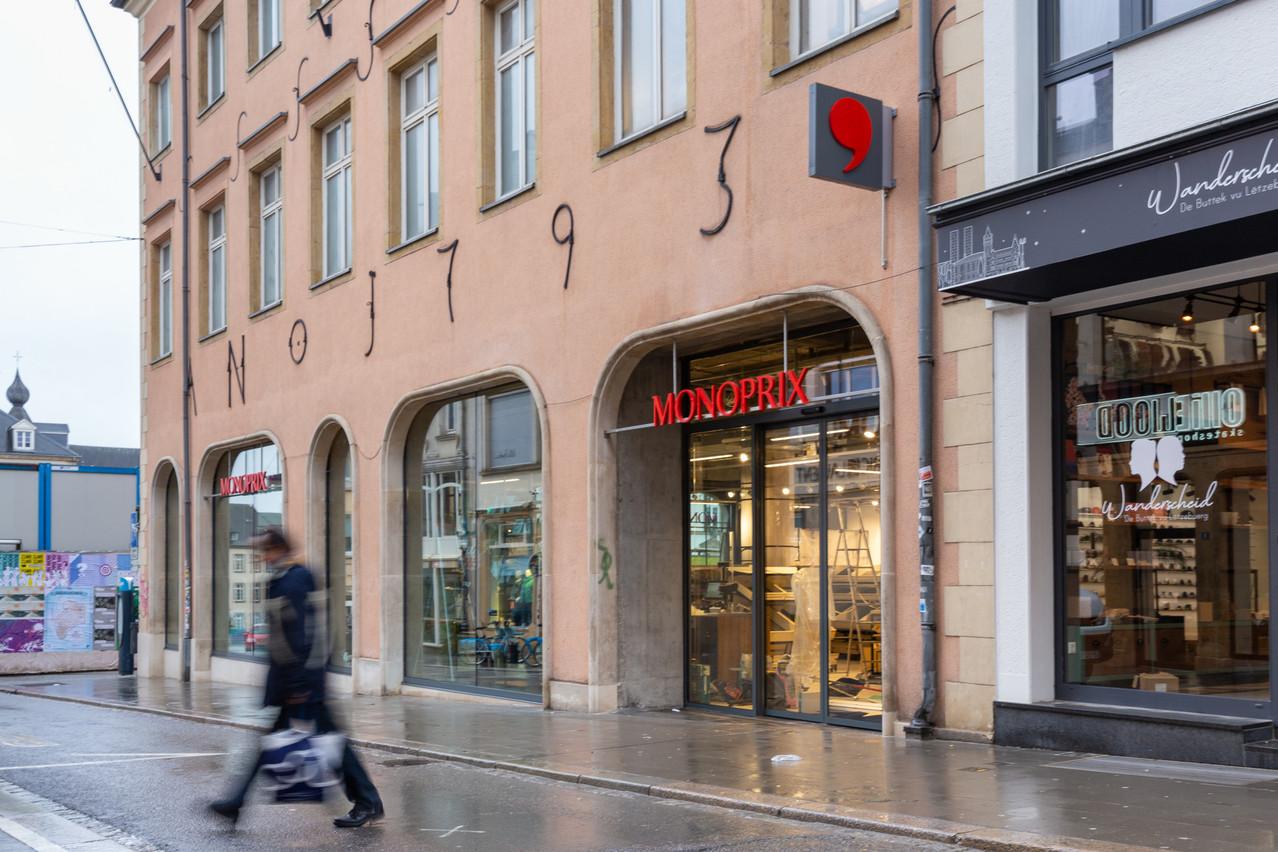 Le magasin s'étend sur quatre niveaux et comporte deux restaurants, qui démarreront leurs activités en vente à emporter. (Photo: Romain Gamba / Maison Moderne)