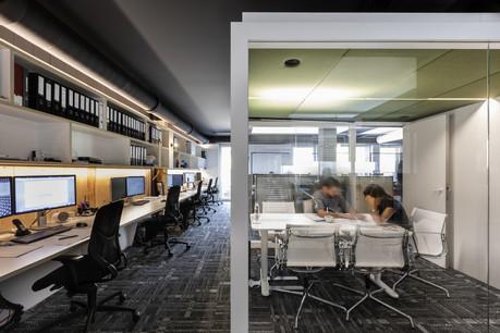 Les espaces de bureaux de Moreno Architecture visent le bien-être au bureau. (Photo: Christophe Bustin)