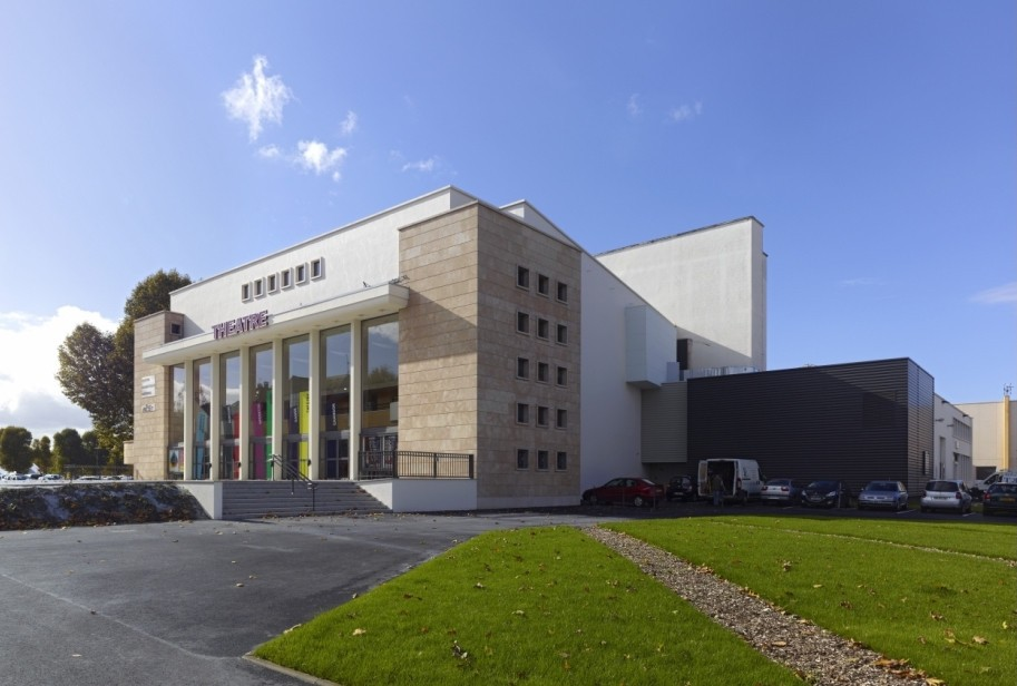 Le théâtre municipal de Thionville se transformera, à partir de vendredi, en centre de vaccination.  (Photo: DR)