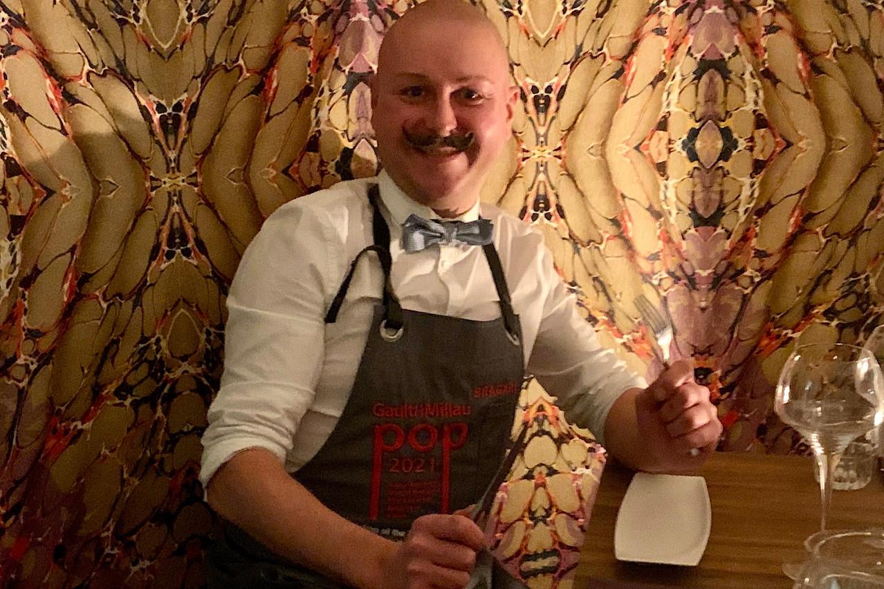 Une bonne bouille, un large sourire et une touche de folie: difficile de passer à côté de Sébastien Jully et de sa cuisine au Bellamy! (Photo: Maison Moderne)