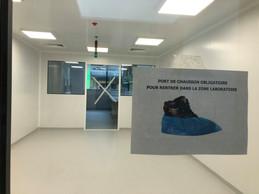 Les équipes en charge de la House of Biohealth sont allées visiter le laboratoire, suite à une conférence de presse sur les projets de développement de la House of Biohealth. ((Photo: Paperjam))