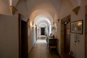 One of the ground floor corridors Romain Gamba / Maison Moderne
