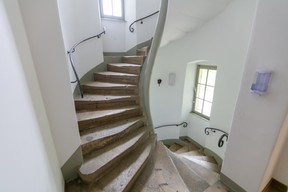 Escalier menant à l'une des tourelles. ((Photo: Romain Gamba/Maison Moderne))