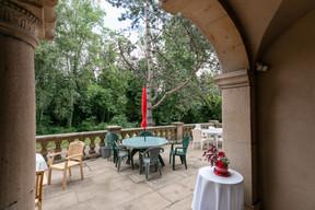 La terrasse principale, où les étudiants font des barbecues ou viennent se détendre. ((Photo: Romain Gamba/Maison Moderne))