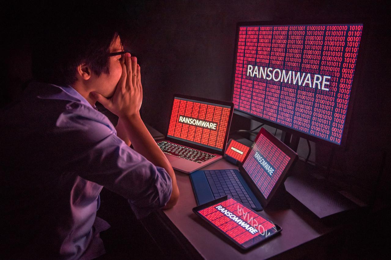 Les hackers ont profité de la crise et du télétravail pour cibler de nouvelles attaques. Faute d'obtenir des rançons, ils se retrouvent avec des données inutiles entre les mains… qu'ils vendent sur une plate-forme. Un début «timide». (Photo: Shutterstock)