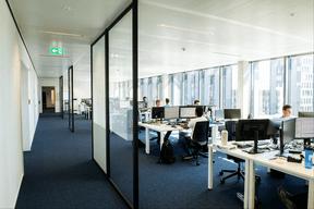 Les bureaux sont aménagés en open space. ((Photo: Lala La Photo))