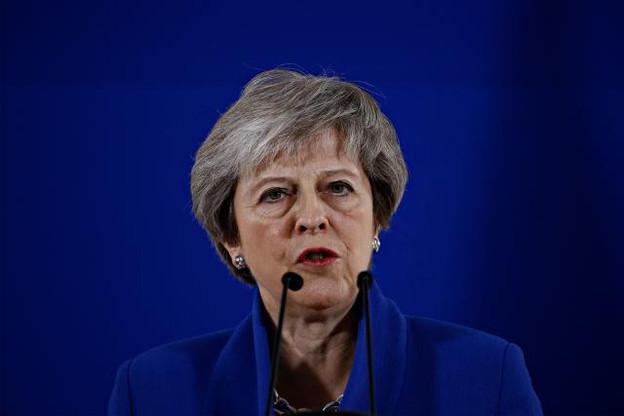 Theresa May a très peu de temps pour convaincre les députés britanniques. (Photo: Shutterstock)