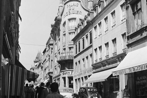 En 1954, le magasin Bonn Frères occupait déjà une place de choix dans la rue Philippe II. (Photo: Photothèque de la Ville de Luxembourg / Batty Fischer)