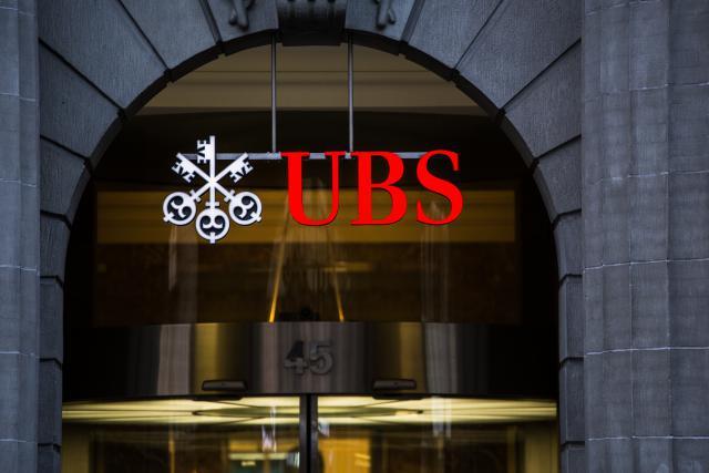 UBS a poussé des fortunes françaises à passer la frontière suisse. (Photo: Shutterstock)
