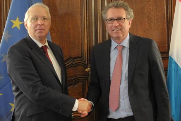 Rolf Wenzel, gouverneur de la Banque de développement du Conseil de l'Europe, et Pierre Gramegna, ministre des Finances. (Photo: SIP)
