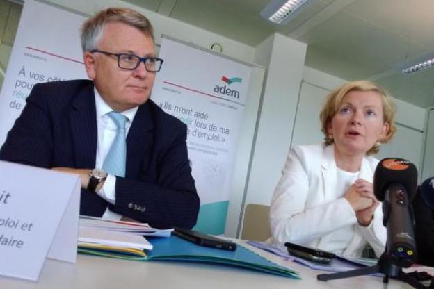 Pour le ministre du Travail Nicolas Schmit et la directrice de l'Adem Isabelle Schlesser, le programme «Entreprises, partenaires pour l'emploi» a entièrement répondu à l'objectif qui avait été fixé en 2015. (Photo: Paperjam.lu / archives)