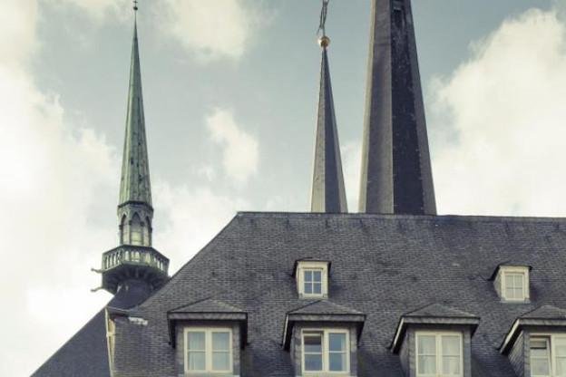 Le ciel se dégage pour la future gestion des édifices religieux. (Photo: Julien Backer / archives)