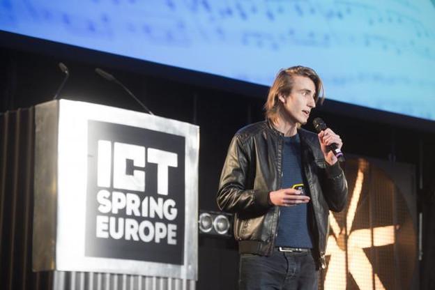 Pierre Barreau, CEO d'Aiva, lors de son passage devant le jury de Pitch Your Startup. (Photo: Anthony Dehez)