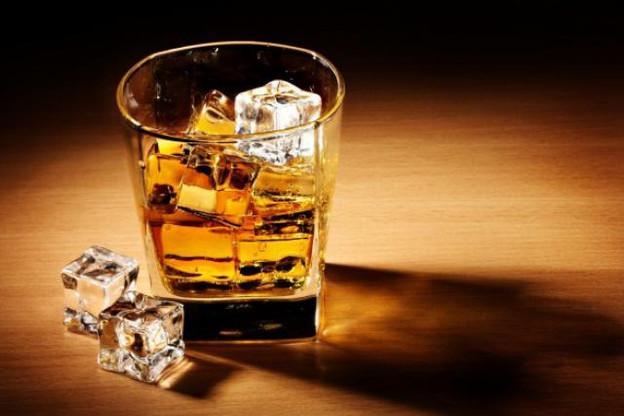 La consommation d'alcool au travail est une faute grave, mais pas lorsqu'elle n'est pas régulière. (Photo: forwallpaper)