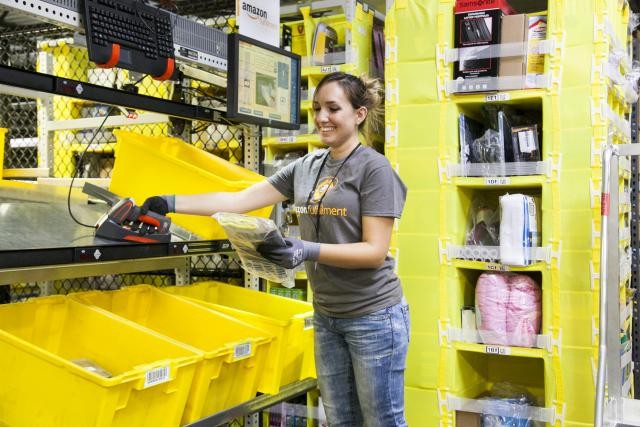 En cas d'incursion dans les services financiers, Amazon augmenterait encore ses chances d'occuper une place plus importante dans le quotidien de ses clients, selon le Wall Street Journal. (Photo: Amazon)