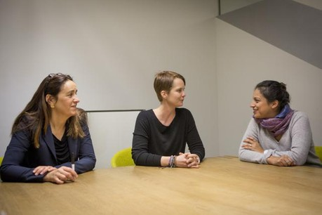 Sonia Hoffmann, Larissa Best et Christine Hansen: «L'idée est de démontrer qu'il est possible de faire quelque chose de plus grand en travaillant ensemble». (Photo: Maison Moderne Studio)