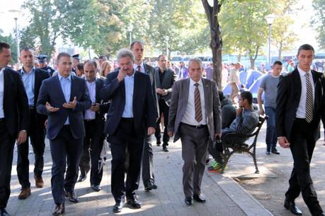 Jean Asselborn en visite vendredi dernier dans un camp de réfugiés en Serbie. (Photo: MAEE)