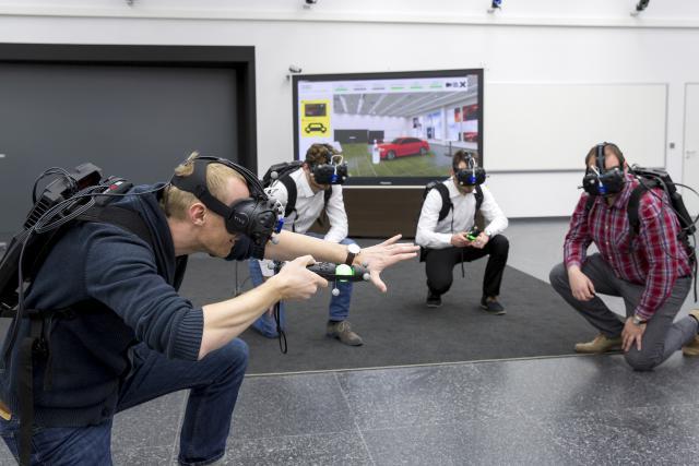 Avec la réalité virtuelle, le constructeur espère donc réaliser des économies à la fois de temps et d'argent. (Photo: Audi)