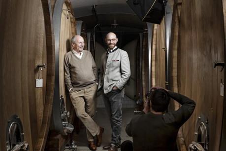 Hubert Clasen et son fils Antoine: passage de relais entre deux générations de vignerons. (Photo: Maison Moderne)