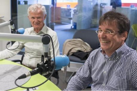Ben Fayot (LSAP) et Pierre Lorang (CSV), au micro de 100,7 (Photo: 100.7)