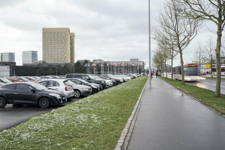 La mobilité douce règnera en maîtresse après 2017, mais d'ici là les salariés motorisés doivent prendre leur mal en patience. (Photo: Sven Becker )