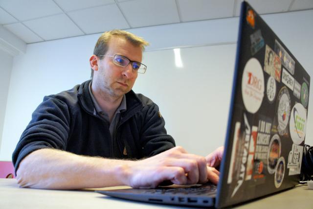 «De nombreux groupes de cybercriminels sont utilisés par des États pour espionner d'autres États, il est donc difficile d'attribuer précisément les cyberattaques», explique Alexandre Dulaunoy. (Photo: Maison Moderne)