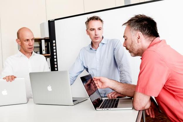 Christian Lamy, Luc Weis et Serge Linckels s'efforcent de moderniser la pédagogie des professeurs du pays. (Photo: Jessica Theis)