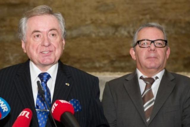 Roger Infalt (à droite) reprend la présidence du Conseil de presse. Josy Lorent (gauche) sera l'un de ses deux vice-présidents. (Photo: Charles Caratini / archives)