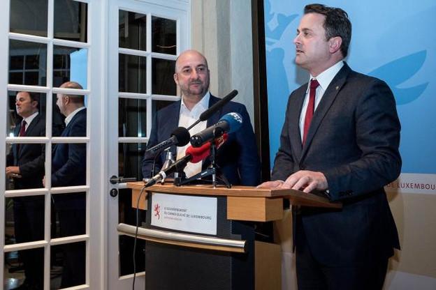 Le Premier ministre, Xavier Bettel (DP), et le vice-Premier ministre, Étienne Schneider (LSAP), se réjouissaient, avec fierté, que Google ait acquis un terrain à Bissen. Avant qu'un centre de traitement de données devienne réalité, le géant américain doit néanmoins encore prendre une décision définitive, qui précéderait un tas de procédures. (Photo: Nader Ghavami)