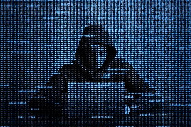 Le terrain de jeu des hackers est planétaire. N'importe quel programme informatique contient jusqu'à deux bugs pour 1.000 lignes de code. (Photo: AdobeStock / Oleksii)