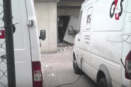 Pour pénétrer dans le bâtiment de G4S, les braqueurs avaient fait sauter une porte à l'explosif. (Photo: YouTube)