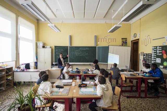 L'éducation financière doit démarrer dès le plus jeune âge. Depuis deux ans, la Semaine de l'argent touche plusieurs centaines d'écoliers. (Photo: Mike Zenari)