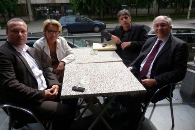 Georges Gondon (à droite) préside le GEIE. Avec le soutien politique de Dominique Tilmans et les conseils juridiques ad hoc. (Photo: DR)