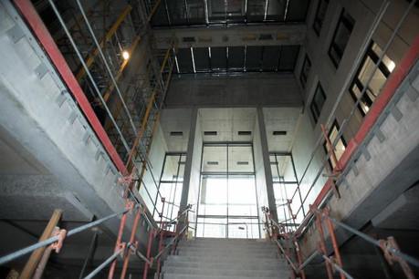 Deux grands assureurs liégeois, Ethias et Integrale, se sont en effet associés pour acheter le bâtiment en construction. (Photo: Nader Ghavami)
