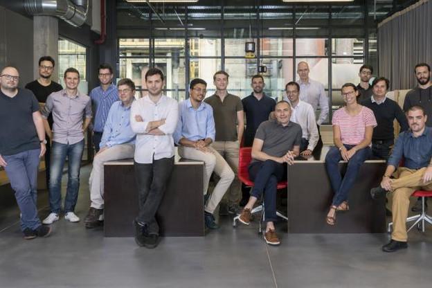 Le programme d'incubation accéléré de Luxinnovation, dont on peut voir sur cette photo d'anciens lauréats et des membres de l'équipe organisatrice, prendra une nouvelle dimension à partir de l'année prochaine. (Photo: Luxinnovation)