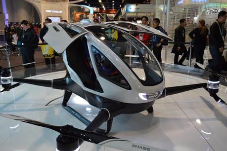 L'émirat de Dubaï a annoncé avoir testé un prototype chinois de taxi-drone et s'apprête à devenir un centre régional pour Tesla, l'un des champions de la voiture autonome. (Photo: Licence CC)