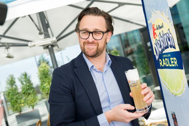 Arnold Blondeel, directeur de la Brasserie de Luxembourg, présente la Diekirch Radler. (Photo: STUDION Photography/Marie De Decker)