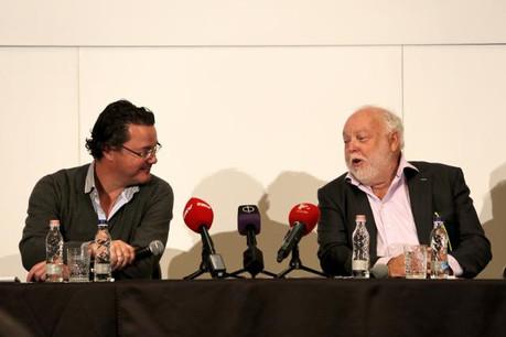 Gerkens, à gauche, et Vajna, à droite, ont confirmé la rumeur: ils travailleront ensemble sur TV2. (Photo: Origo.hu)