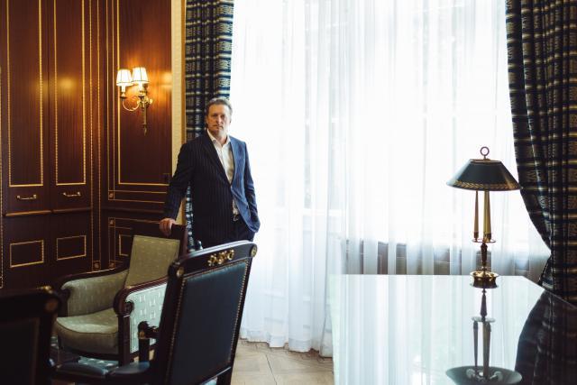Le CEO d'East-West United Bank, Sergey Pchelintsev, active les 80 collaborateurs en formant des groupes de travail transversaux. (Photo: Sébastien Goossens)