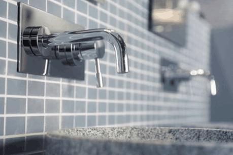 Les 17 sociétés incriminées s'étaient entendues durant 12 ans sur les prix pratiqués dans la robinetterie, la céramique et les enceintes de douche. (Photo: Licence CC)