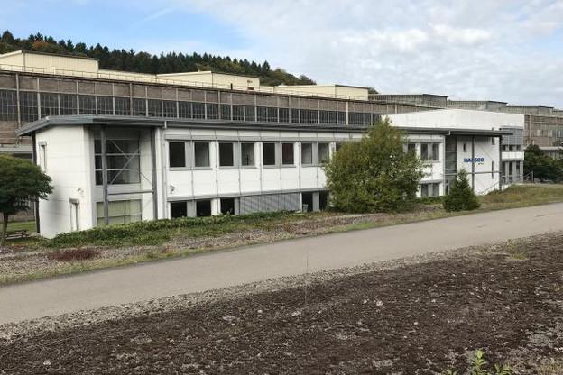 L'Innovation Hub Dudelange se situe dans le bâtiment autrefois occupé par ArcelorMittal au Luxembourg, juste devant les immenses aciéries encore désaffectées. (Photo: Maison Moderne)