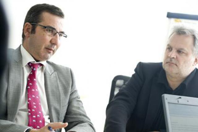 Jérôme Grandidier, ici à gauche aux côtés de Jean-Claude Bintz (Telecom Luxembourg) (Photo: David Laurent/Wide)